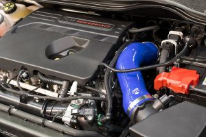 Ansaugschlauch Silikon Mountune Ford Fiesta 8 ST 1,5 blau